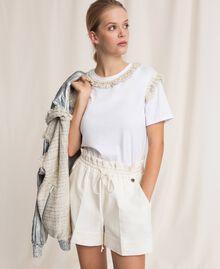Short en lin mélangé Blanc Neige Femme 201TP2255-05