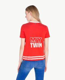 T-Shirt mit Rüschen Zweifarbig Feuerrot / Pergamentweiß Frau YS823L-03