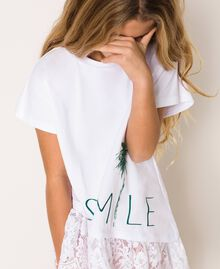 """Asymmetric T-shirt with lace Smile Print / """"Papers"""" White Child 201GJ2318-01"""