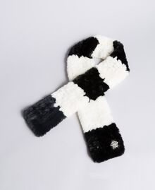 Striped faux fur scarf Bicolour Mother-of-pearl White / Black Woman VA8P3E-02