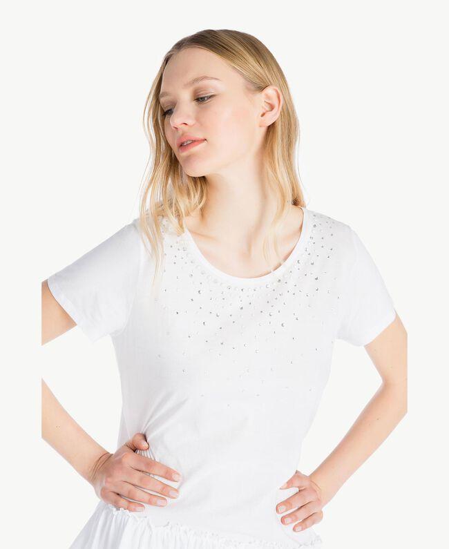 Kleid mit Stickerei Weiß Frau YS82D4-04
