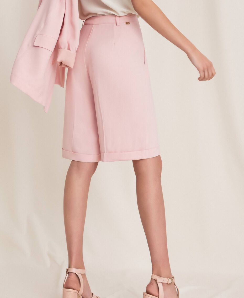 "Georgette Bermuda shorts ""Peachskin"" Pink Woman 201LL2NDD-03"