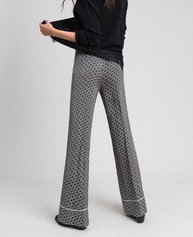Pantalon palazzo avec imprimé siglé Imprimé Logo Noir / Blanc Neige Femme 192TP2589-01