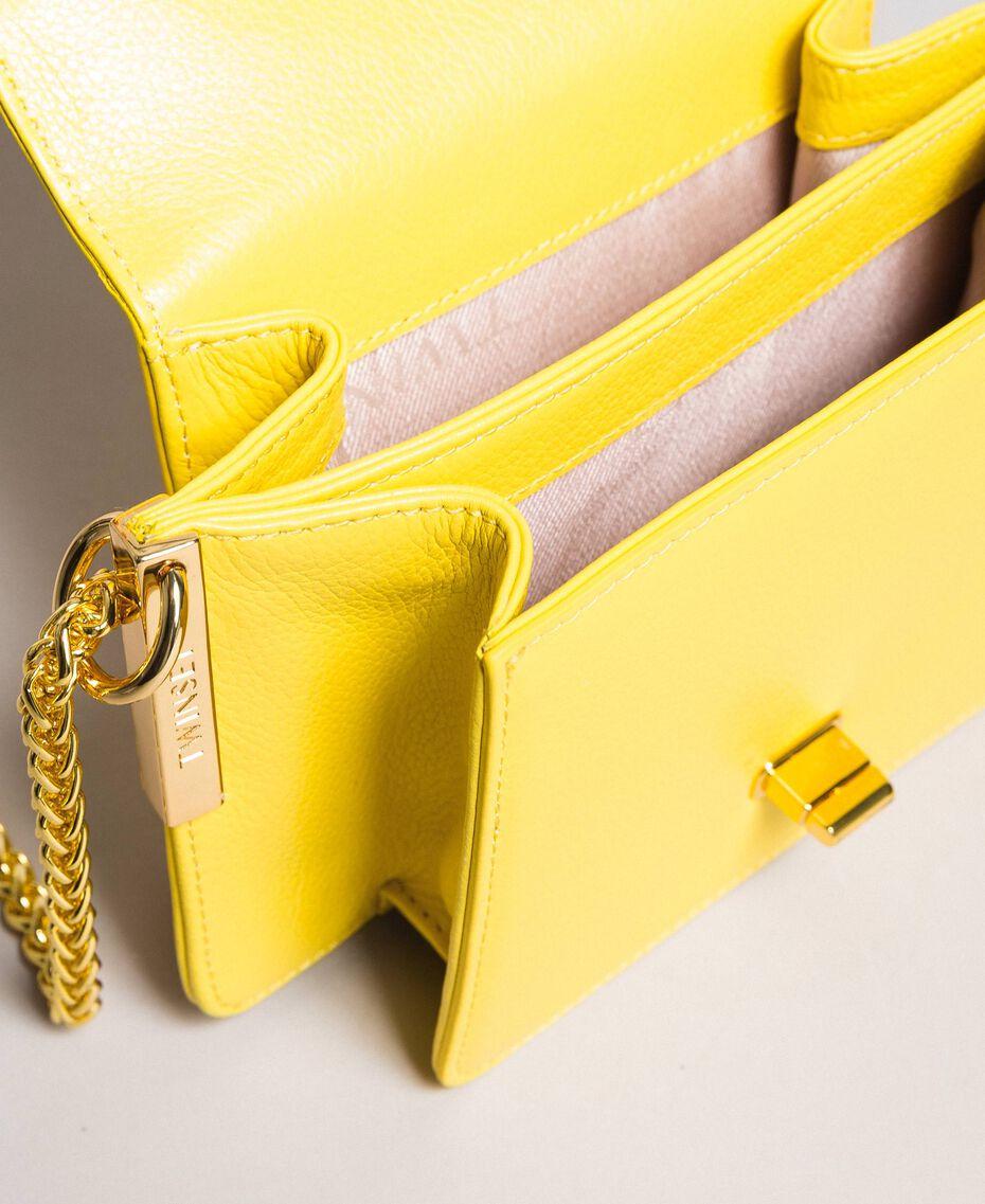 Petit Bea Bag à bandoulière en cuir Jaune Papillon Femme 191TA7142-05