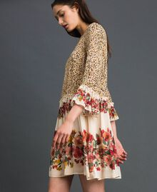 Kleid mit Blumen-Animal-Print Leopardenprint Frau 192TP2741-02