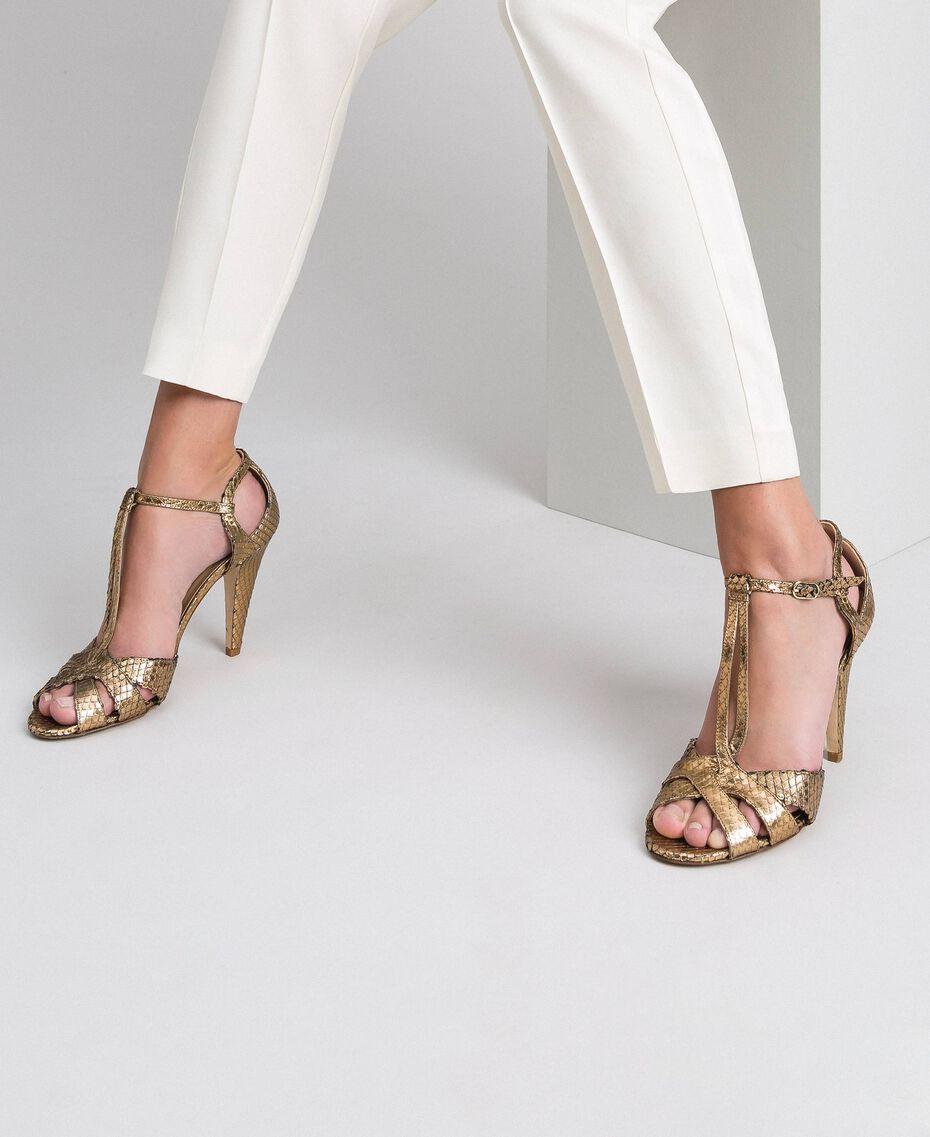 Sandalette aus Animal-Metallic-Leder Pythonprint Gold Frau 192TCT038-0S