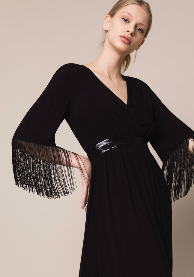 Midi dress with fringes