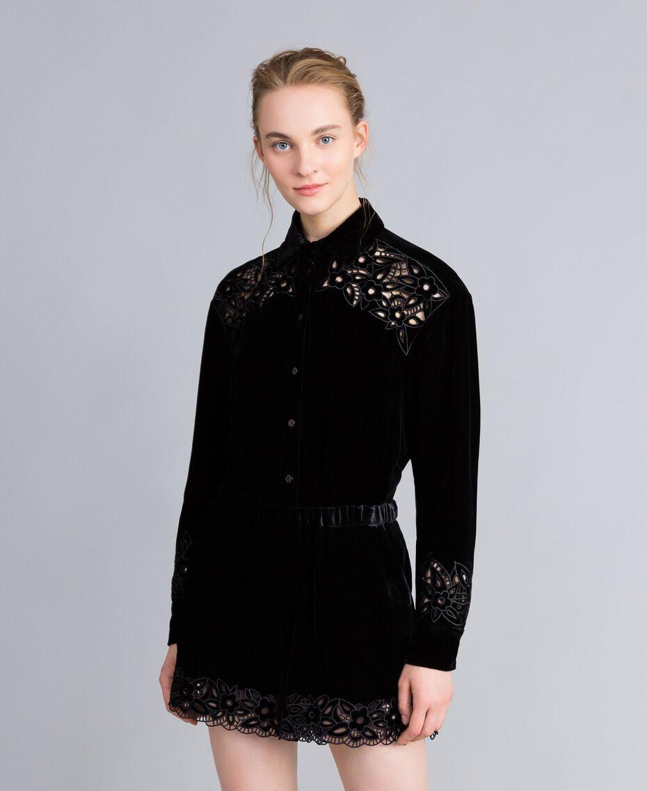 Embroidered velvet shirt Black Woman PA823H-02