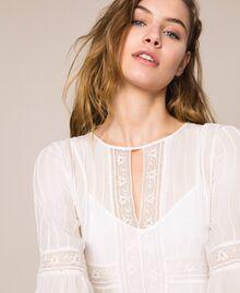 Robe en crêpe georgette avec broderies et dentelle Blanc Antique White Femme 201TT2082-04