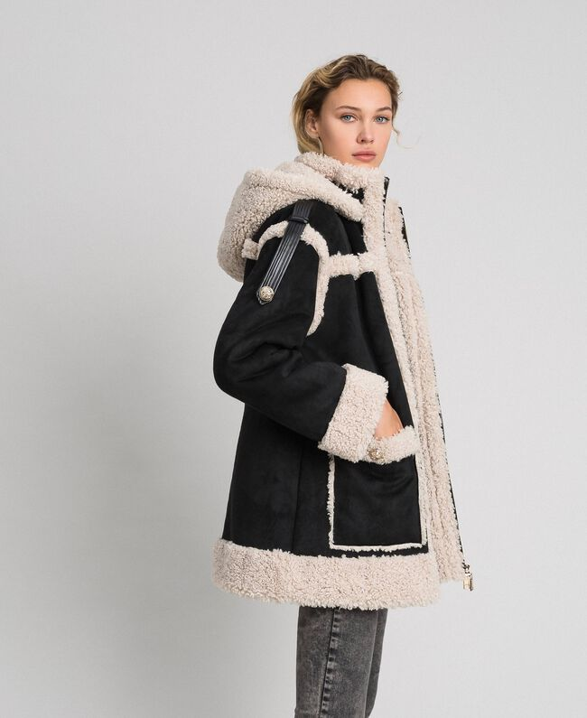 "Faux shearling reversible coat Black / ""Vanilla"" White Woman 192MT2021-01"