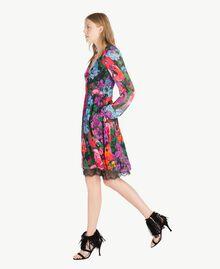 "Kleid mit Print ""Sixty Flower""-Print Frau TS824D-02"