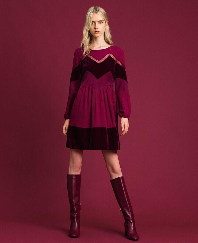 buy popular a2cd5 535a6 Abito con dettagli in velluto Donna, Rosso | TWINSET Milano