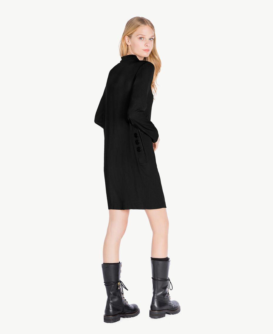 Kleid mit Schärpe aus Cady Schwarz PA726G-03