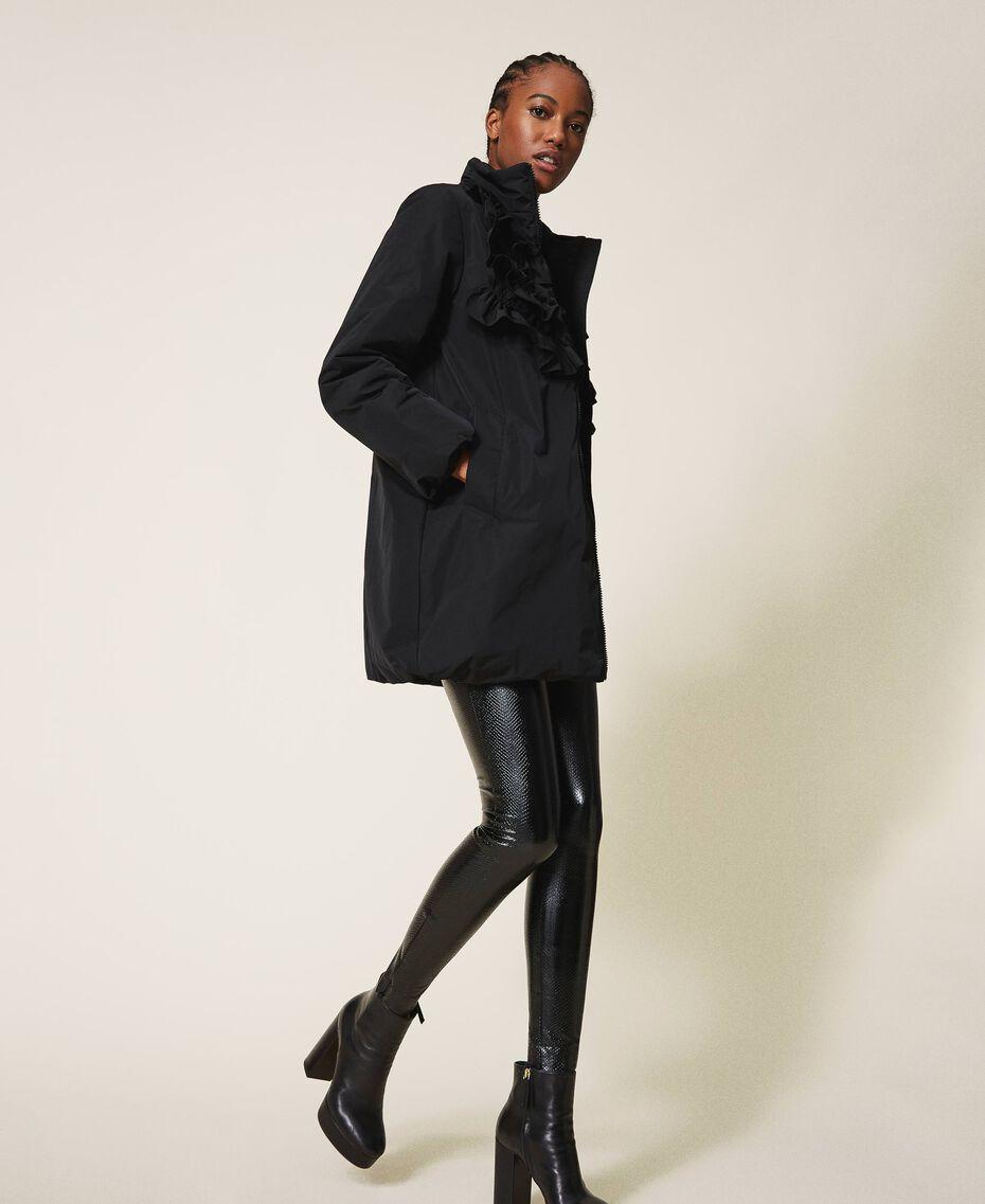 Wattierter Mantel aus Taft mit Rüschen Schwarz Frau 202ST2100-02