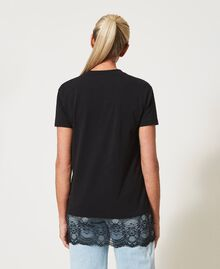 Printed T-shirt with lace Black Woman 211MT2300-03