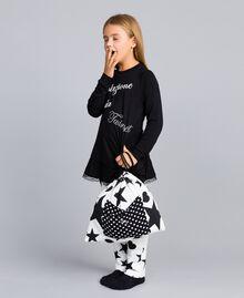 Pyjama en jersey avec étoiles et cœurs Bicolore Noir / Imprimé Étoiles Enfant GA828E-05
