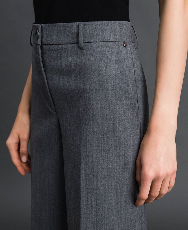 Wide-Leg-Hose aus technischem Wollgewebe Dunkelgrau-Mélange Frau 192TP2351-04