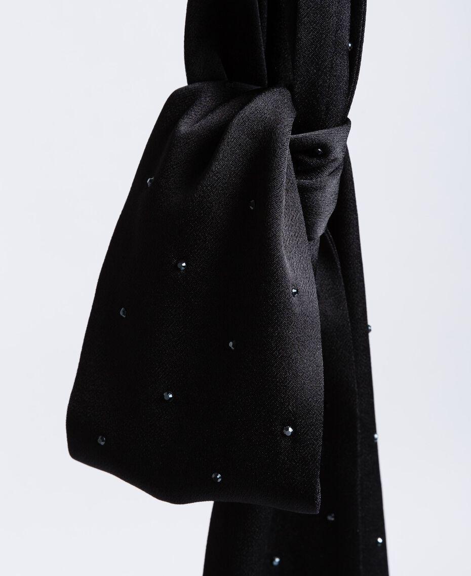 Écharpe avec petits clous Noir Femme OA8T1J-02