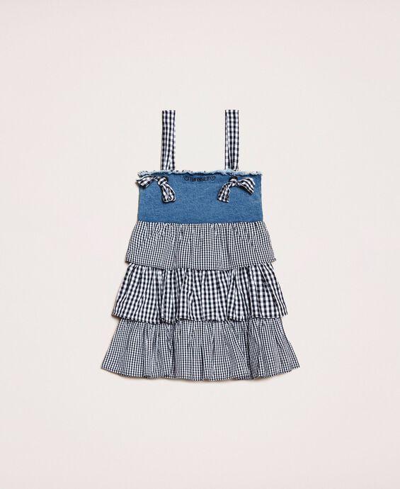 Платье из джинсовой ткани с оборками в клетку «виши»