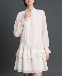 Kleid aus Georgette mit Reißverschluss Weiß Vanille Frau 192MT2060-02