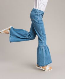 Bell-Bottom-Jeans Hellblauer Denim Kind 191GJ2590-04