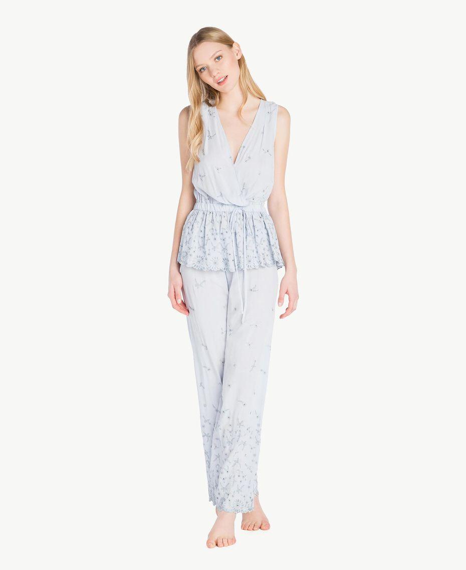 """Pyjama mit St. Galler Stickerei """"Fairy Blue""""-Azur Frau LS8GAA-02"""