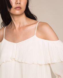 Blouse en crêpe georgette plissé Blanc Antique White Femme 201TT2090-04