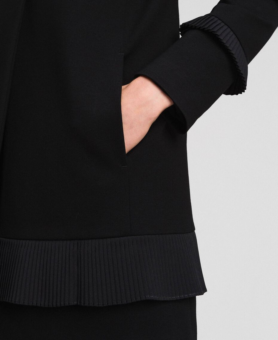 Coat with pleated detail Black Woman 192TT2060-05