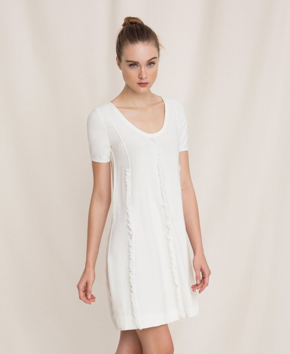 Robe avec surpiqûres et volant Blanc Femme 201ST3066-01