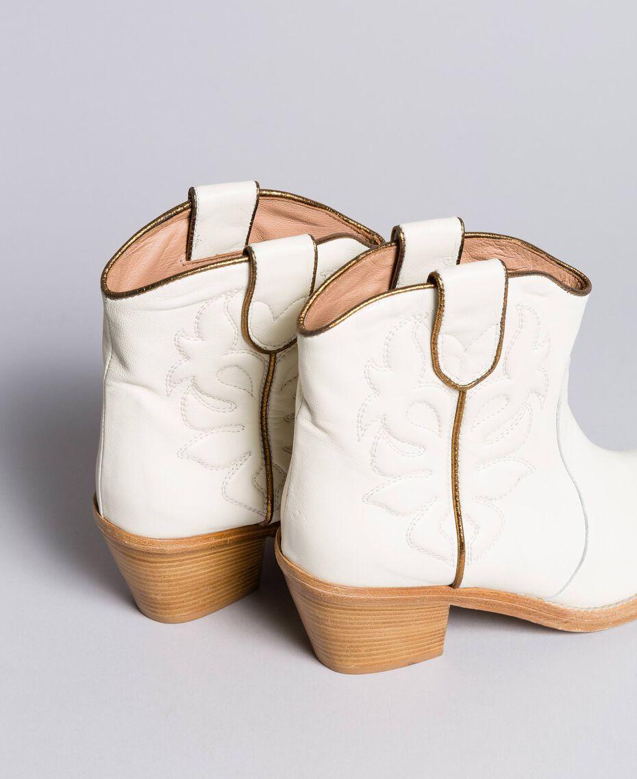 Boots à talons en cuir avec broderie Blanc Neige Femme CA8TGA-02