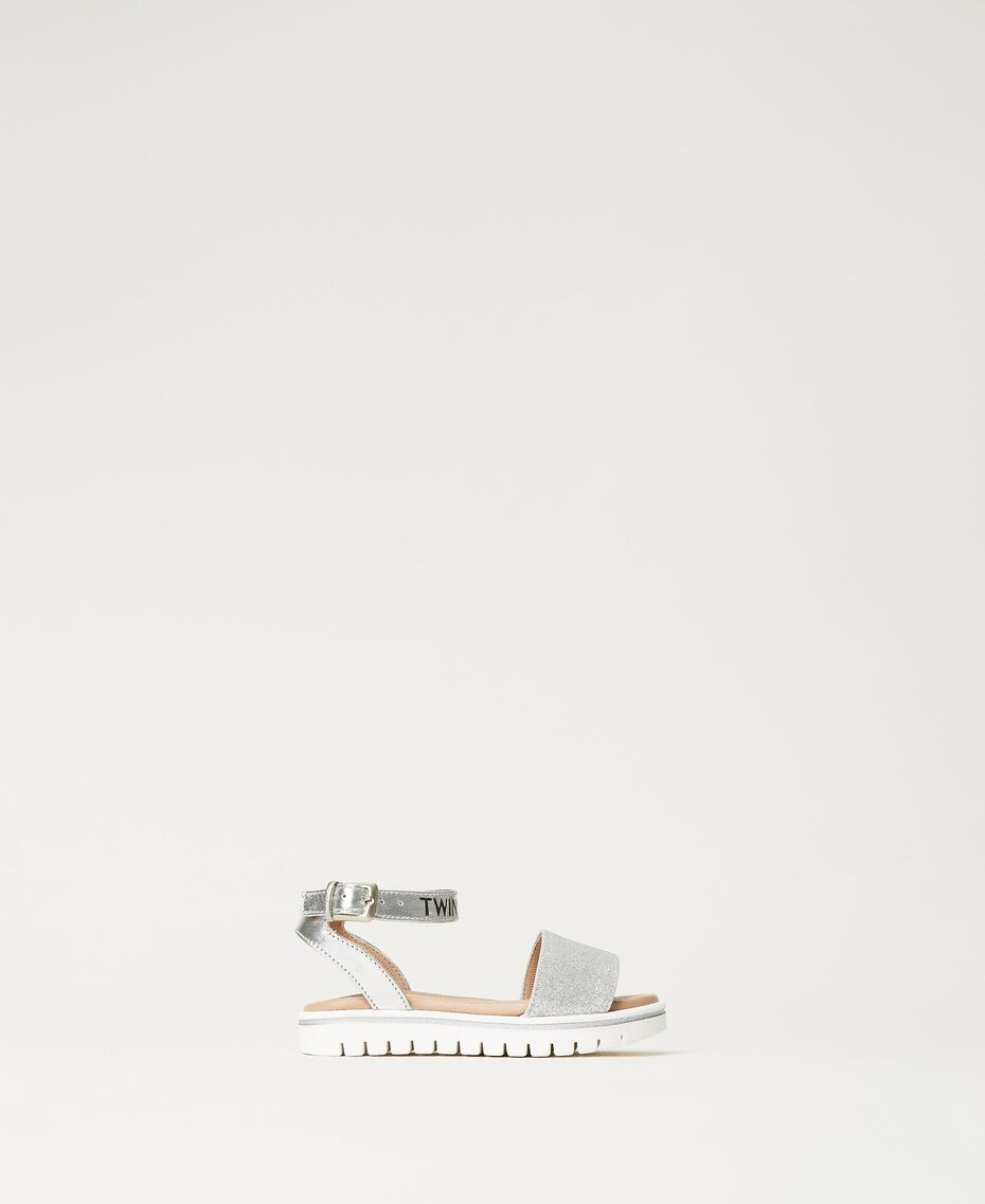 Sandalias de piel laminada con glitter Gris Plata Laminado Niño 211GCB100-01