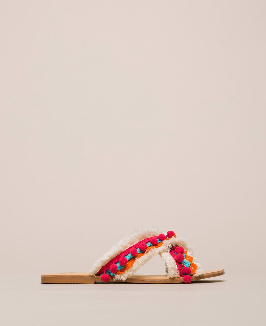 Weaved slippers with pompom and fringe Multicolour Woman 201LMPZUU-03