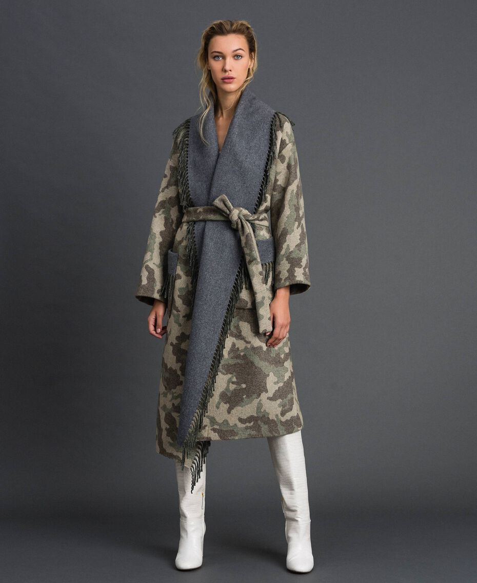 Cappotto in panno camouflage con frange Jacquard Camouflage Donna 192TT2502-01