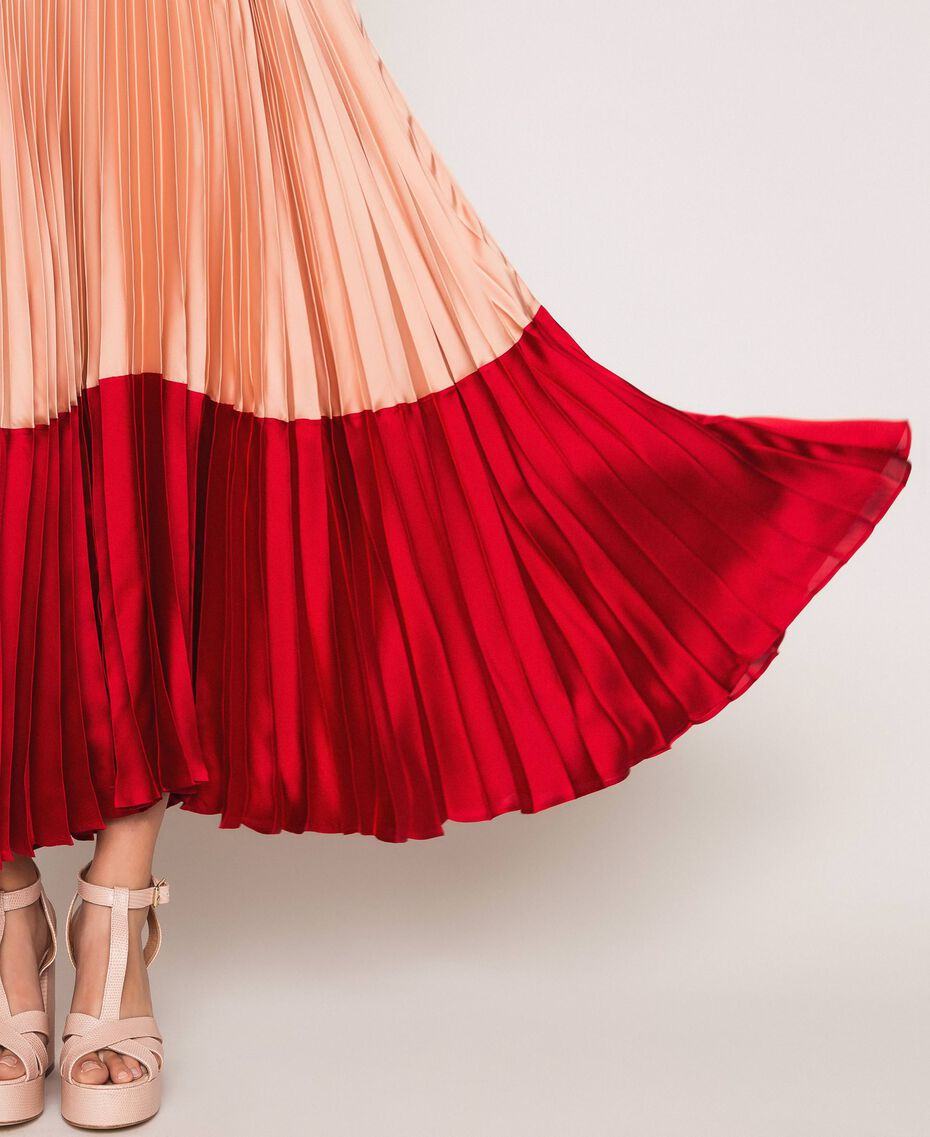 "Pleated satin long slip dress Multicolour ""Lava"" Red / ""Ballerina"" Purple / Nude Pink Woman 201TP2310-05"