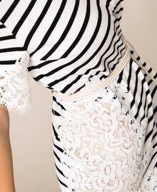 Robe à rayures avec dentelle macramé Rayure Blanc Neige/ Noir Femme 201TP2472-04