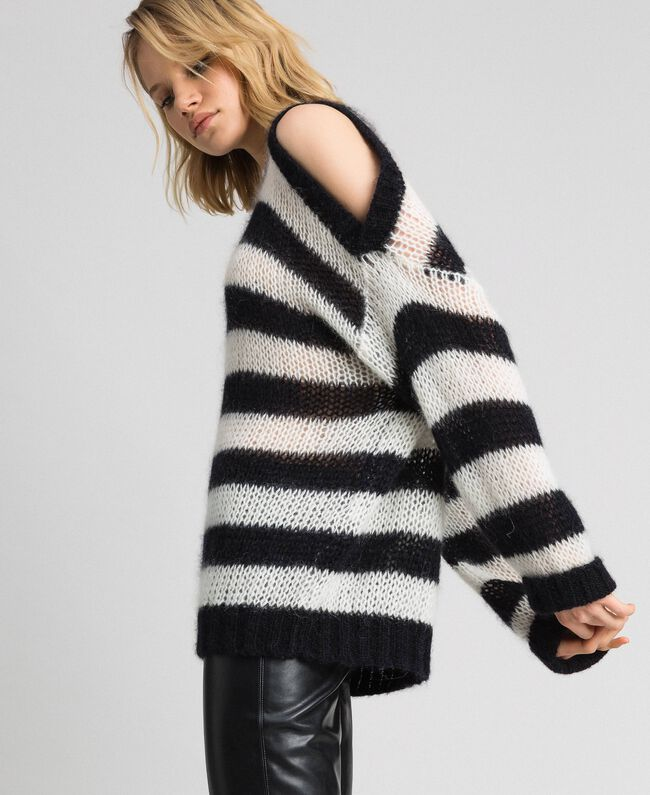 "Striped mohair jumper Black / ""Papyrus"" White Stripe Woman 192TP3271-03"
