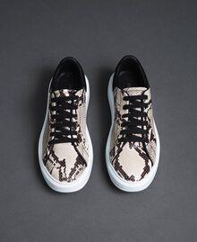 Sneakers in pelle con stampa animalier Stampa Pitone Roccia Donna 192TCT118-05