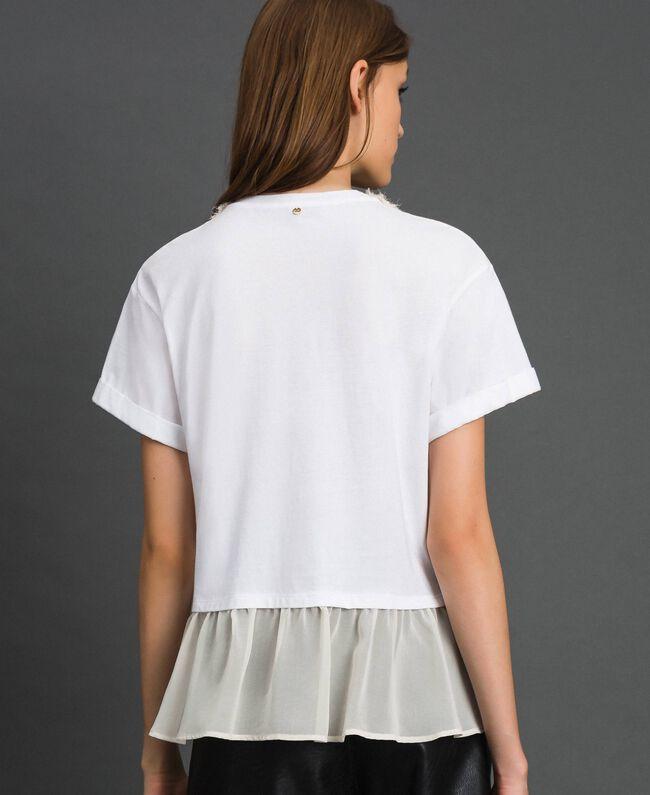 T-shirt with pearl jewel neckline White Woman 192TT2562-04