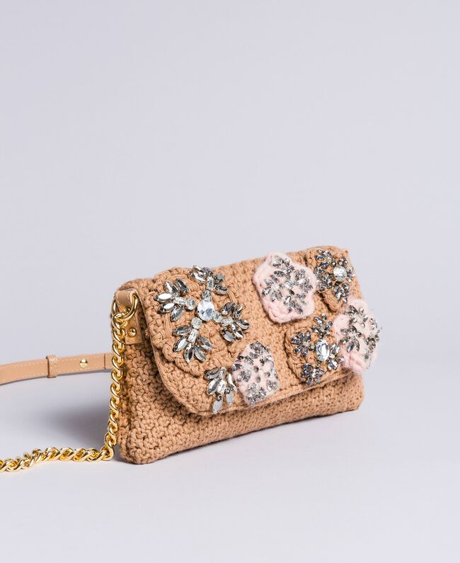 Crocheted shoulder bag with patch Camel Woman AA8PJ1-01