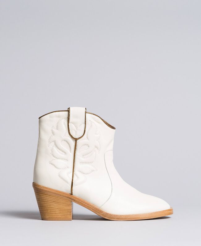 Embroidered leather cowboy boots White Snow Woman CA8TGA-03