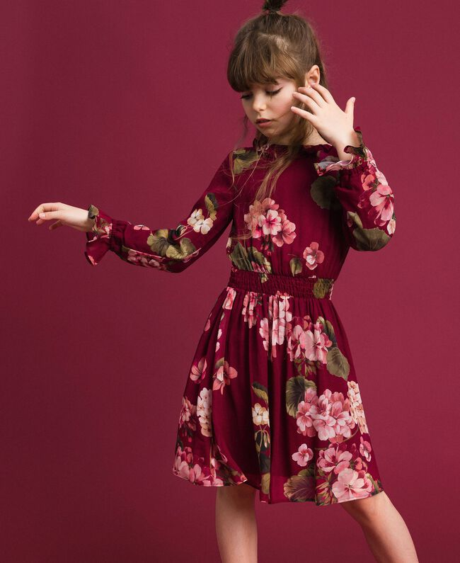 Kleid aus Georgette mit Blumenprint Print Rote-Bete-Rot Geranie Kind 192GJ2592-01