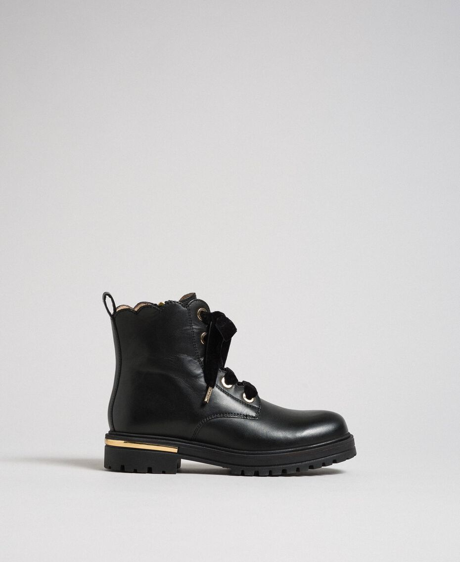Leather ankle boots Black Child 192GCJ048-02