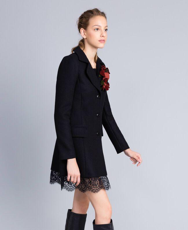 Manteau en drap avec dentelle dans le bas Noir Femme PA826S-03
