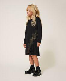 Pleats and lace dress Black Child 202GJ215A-03