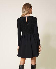 Kleid mit Spitze Schwarz Frau 202TT2285-03