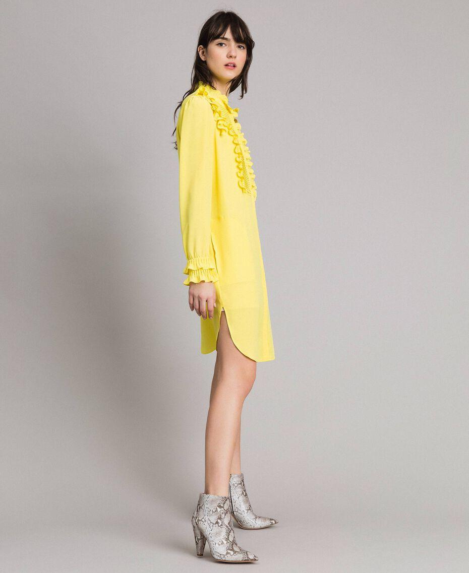 Hemdblusenkleid aus Seidenmischung mit Rüschen Gelb Frau 191TP2137-02