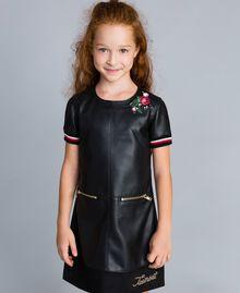 """Mini abito in similpelle con ricami Bicolor Nero / Rosso """"Papavero"""" Bambina GA82B2-0S"""
