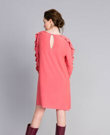Kurzes Kleid aus Seidenmischung mit Volant Royal Pink Rosa Frau PA828A-03