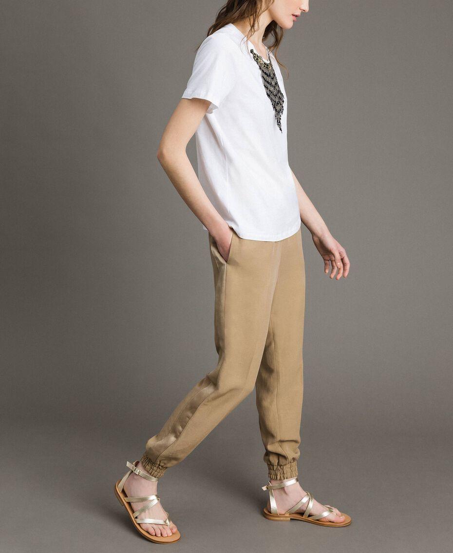 T-shirt avec broderie et franges Blanc Femme 191TT2204-02