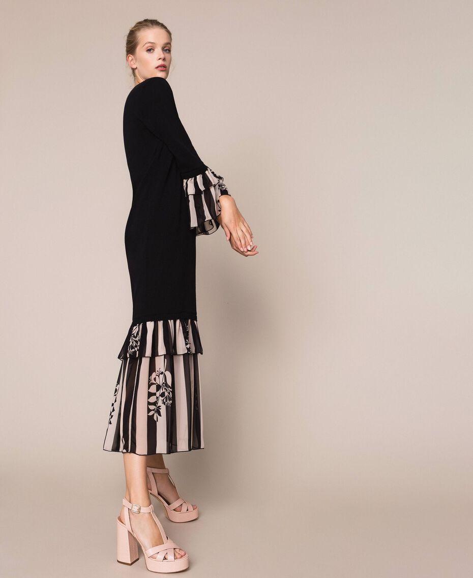 Robe en maille avec volants imprimés Bicolore Noir / Imprimé Rayure Femme 201TP3252-02